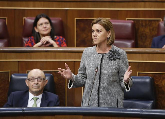 María Dolores de Cospedal, durante un pleno de control al Gobierno en...