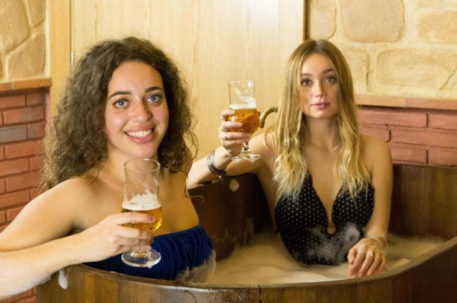 Ba arse en vino o en cerveza la moda de los spa et licos - Banarse en madrid ...
