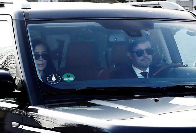 El príncipe Federico y Mary Donaldson, a su llegada este miércoles...