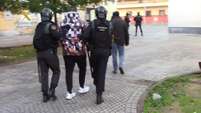 dinero guía de acompañantes drogas en Jerez de la Frontera