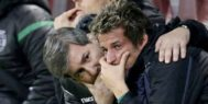 Fabio Coentrao, en el momento en que se echó a llorar junto a Bruno de Carvalho.