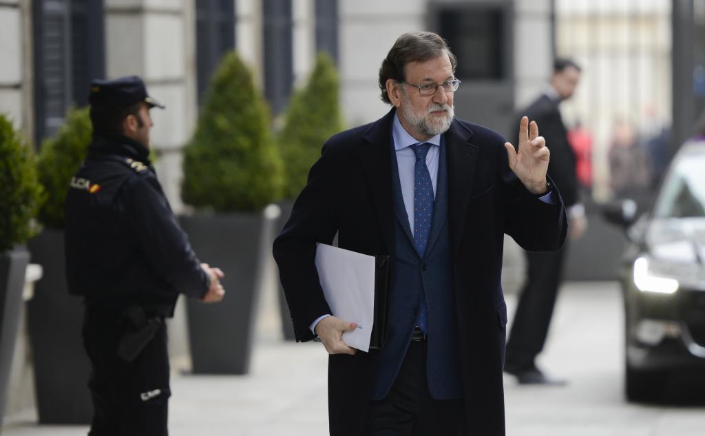 """Rajoy critica los debates """"sobre lenguas"""" en educación y advierte de que """"atentan contra el progreso"""""""