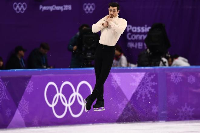Uno de los saltos del español durante la final olímpica.
