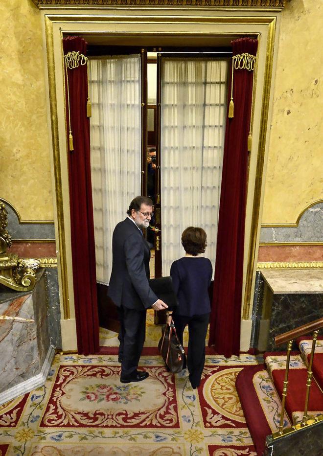 Rajoy intenta recuperar iniciativa política para resistir hasta 2019