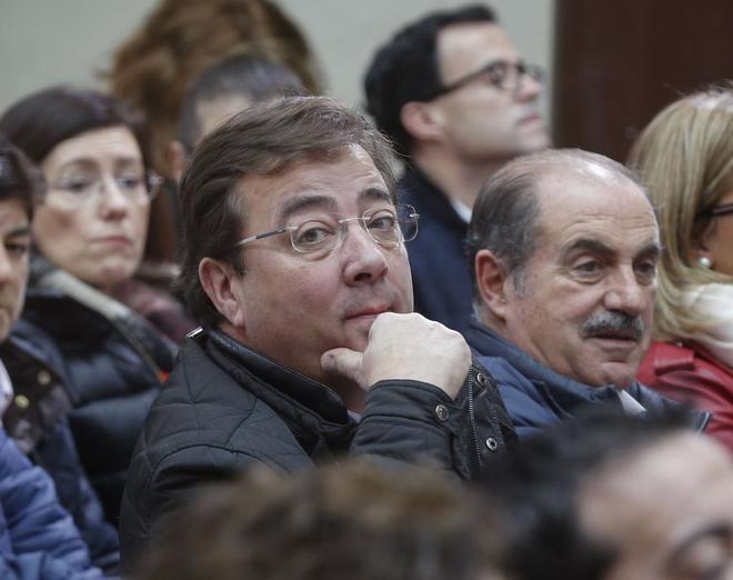 Varios barones defienden que el castellano sea vehicular en Cataluña frente a la oposición del PSC