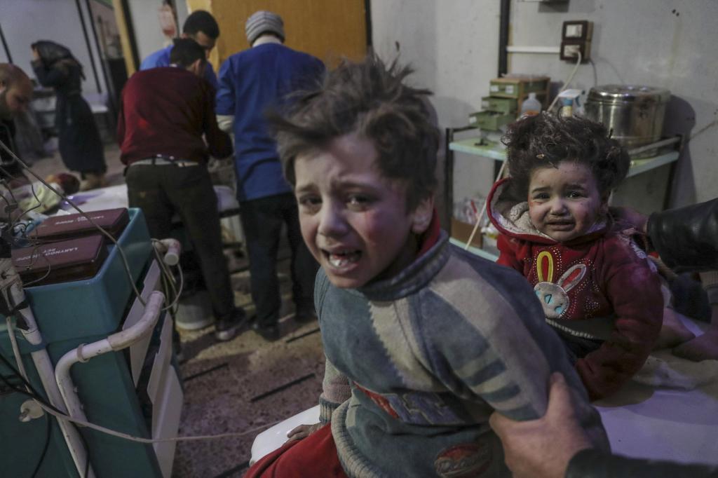 La ONU calcula que hay unas 400.000 personas atrapadas en