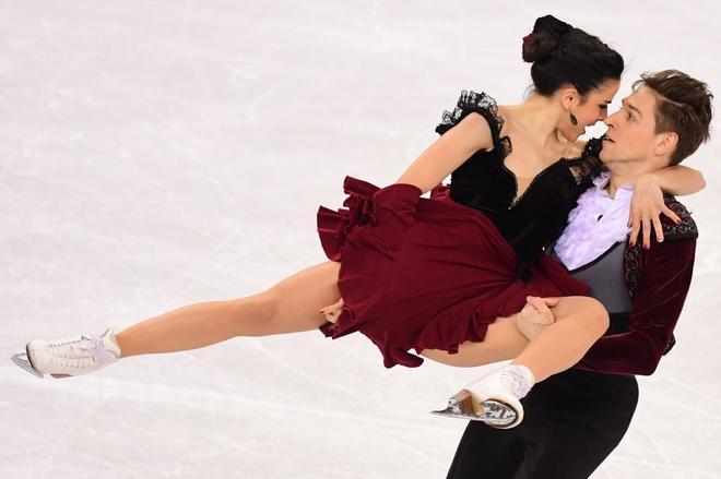 Sara Hurtado y Kirill Khaliavin, durante la competición.