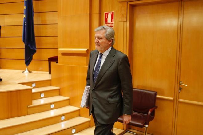 Íñigo Méndez de Vigo, ministro de Educación, ayer, en el Senado.