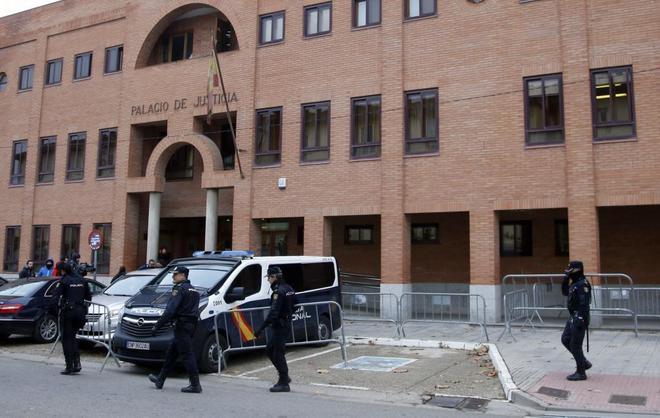 Imágenes de los juzgados de Aranda de Duero.