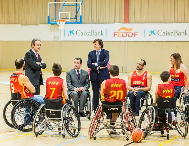 Jordi Gual, presidente de CaixaBank, tras el acuerdo con la...