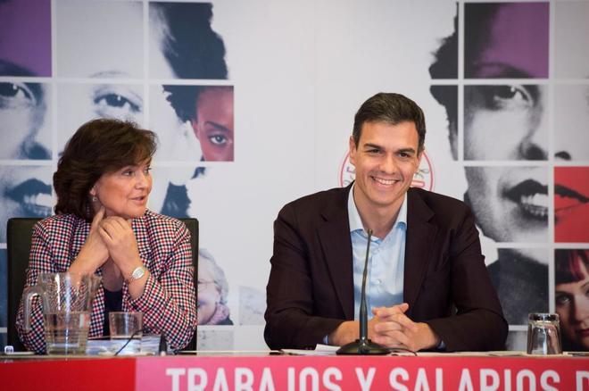 Carmen Calvo y Pedro Sánchez, en una reunión celebrada ayer en la...