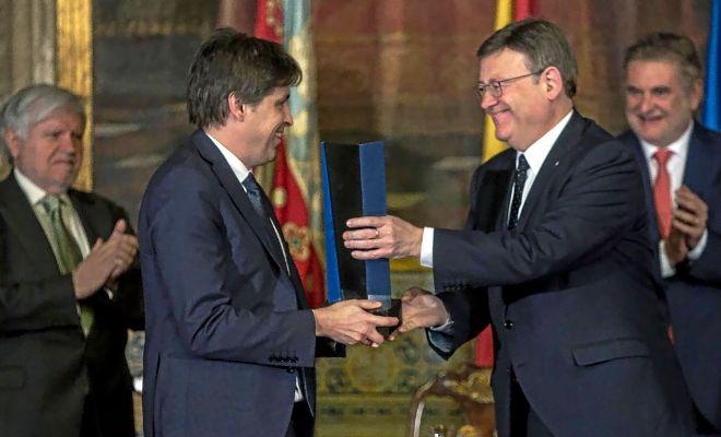 Compromís pide a la Diputación dejar Broseta por premiar a Societat Civil
