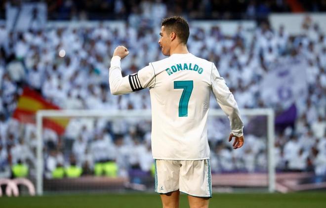 Cristiano, celebrando durante el partido frente al Alavés, el...