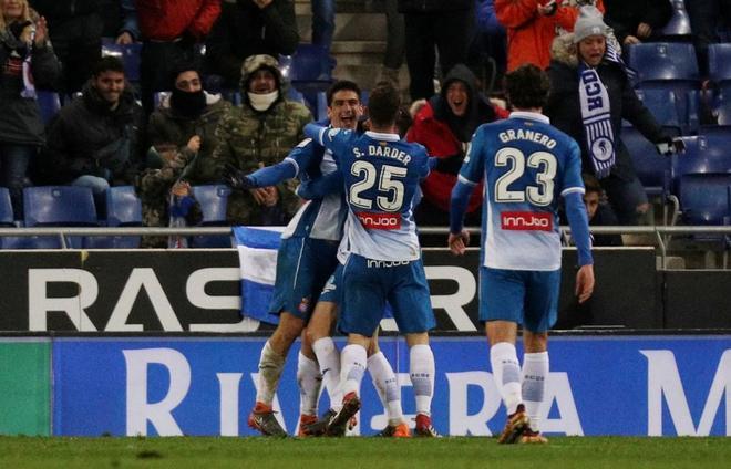 Gerard Moreno celebrando el gol de la victoria periquita.
