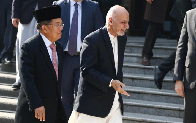 Ashraf Ghani tras la ceremonia de apertura de la segunda ronda del Proceso de Kabul para impulsar un plan de paz en Afganistán.