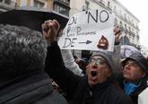 Miles de jubilados se concentran en Madrid.