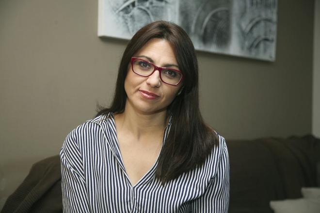 Ana Moreno, la madre de Balaguer, en su casa.
