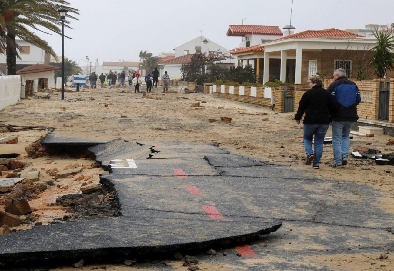 Calles arrasadas en La Antilla (Huelva).