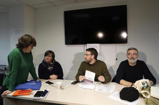 Las ex diputadas Eulàlia Reguant y Mireia Boya junto a Vidal Aragonés y Carles Riera