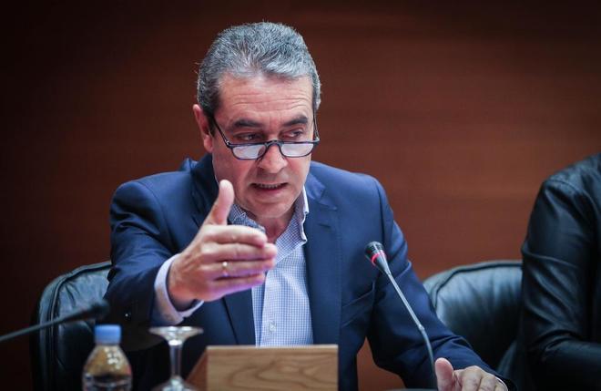 El ex vicepresidente valenciano, Víctor Campos, en una comparecencia en las Cortes Valencianas.
