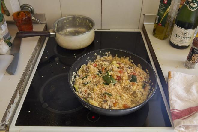 Cocina de un grupo de estudiantes en Madrid
