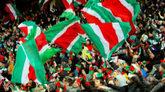 Aficionados del Lokomotiv de Moscú durante un desplazamiento en la...