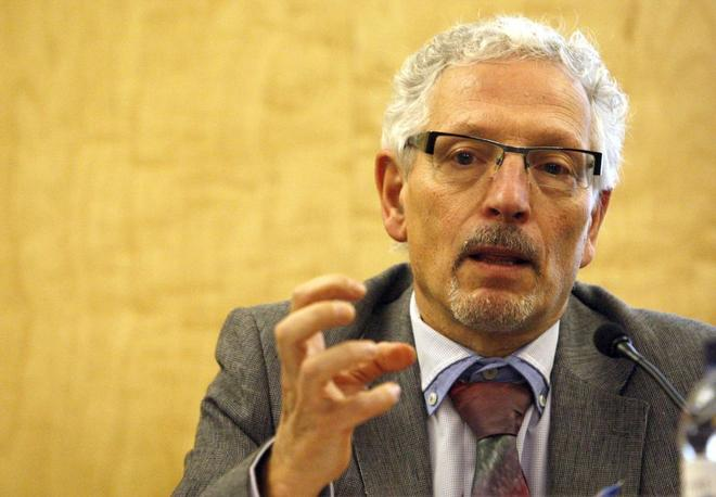 Santiago Vidal, en la presentación del proyecto de 'constitución'...