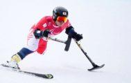 Hiraku Misawa de Japón entrena en el Jeongseon Alpine Centre antes del inicio de los Paralímpicos 2018