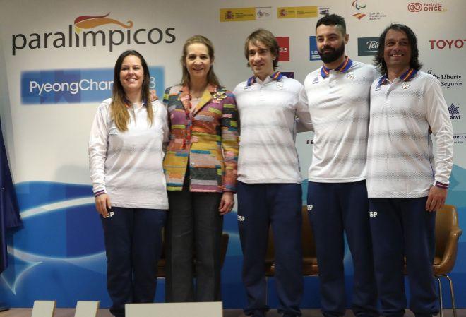 La infanta Elena junto a Astrid Fina, Jon Santacana, Miguel Galindo y...