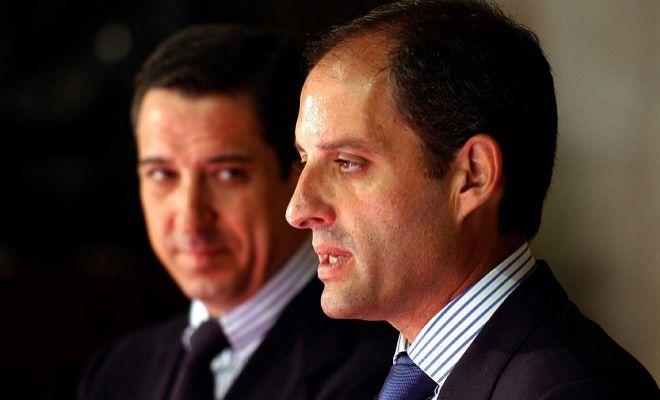Francisco Camps y Eduardo Zaplana en la primera recepción oficial tras las elecciones de 2003.