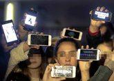 Varios jóvenes en la Comandancia de la Guardia Civil de Almería...