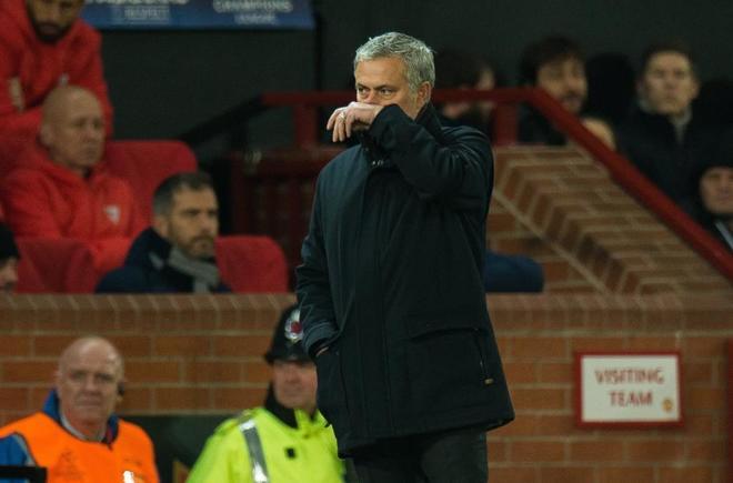 """Las excusas de Mourinho: """"No es nuevo para este club caer en Champions"""""""