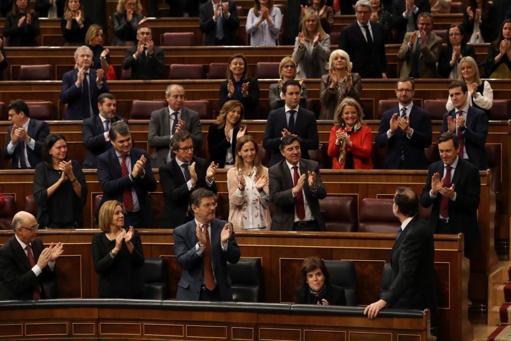 El presidente del gobierno Mariano Rajoy, tras su intervención...