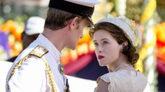 Claire Foy y Matt Smith, en 'The Crown'.