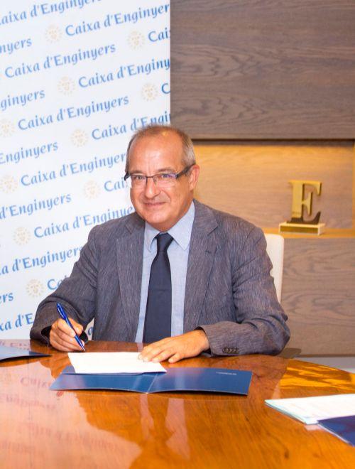 Caixa d 39 enginyers admite que gan el doble de socios en for Caixa d enginyers oficines barcelona