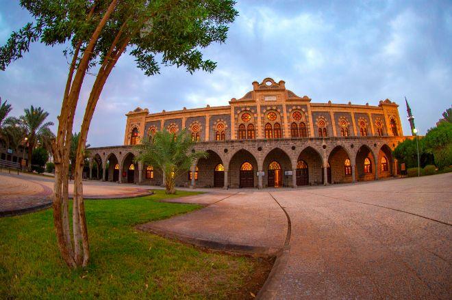 Museo del ferrocarril, en la antigua estación del tren del Hiyaz, en Madain Saleh.