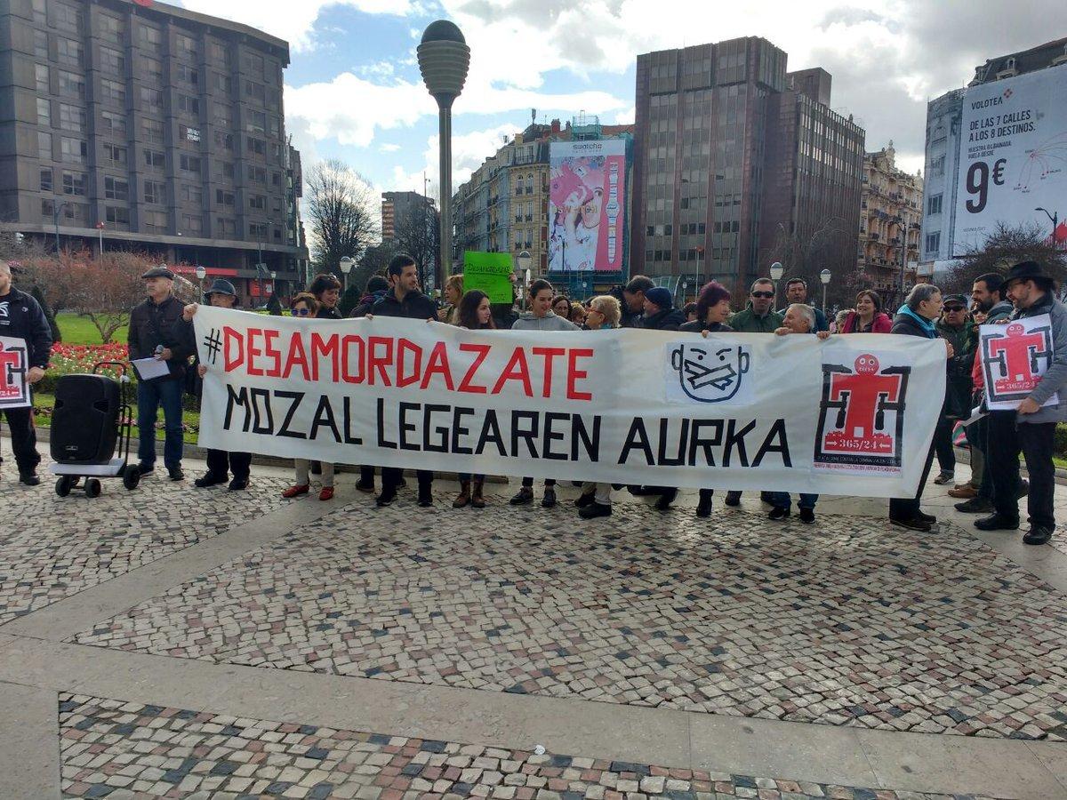 Concentración contra la 'ley mordaza' en Bilbao.