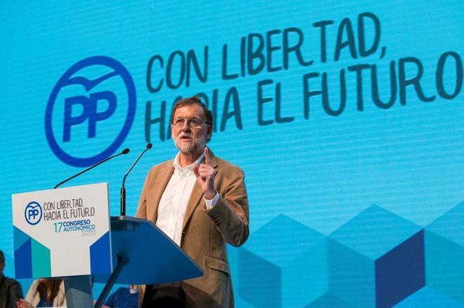 Mariano Rajoy, durante su intervención en el congreso del PP...