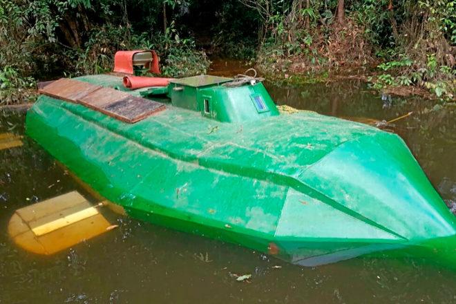 La verdad del 'narco submarino' de Escobar | Crónica