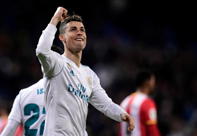Cristiano Ronaldo celebra su cuarto gol al Girona. JAVIER SORIANOAFP-PHOTO 0edb6551ce20