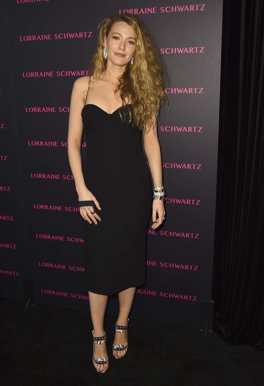 La actriz posó en la fiesta de la firma de joyería Lorraine Schaertz...