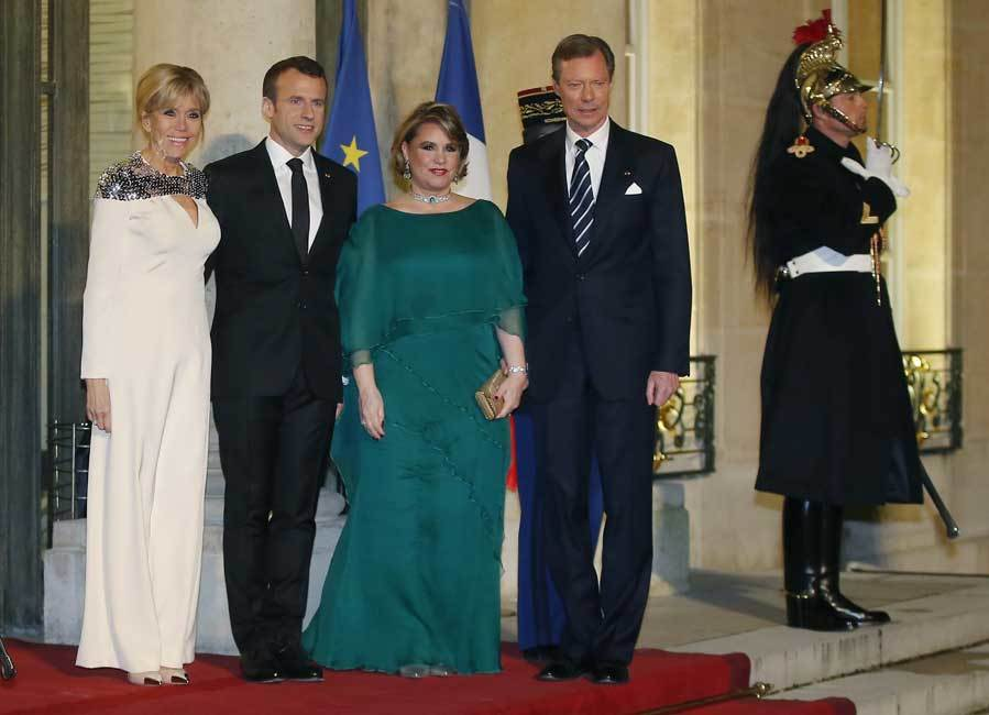 Brigitte macron de gala con su 39 look 39 m s espectacular for Cena en frances