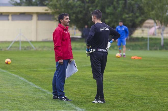 Asier Garitano, en un entrenamiento con el Leganés.