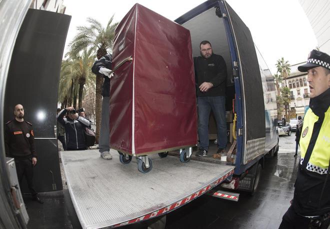 ESPAÑA: Llegan a Granada las primeras piezas del 'legado Lorca'