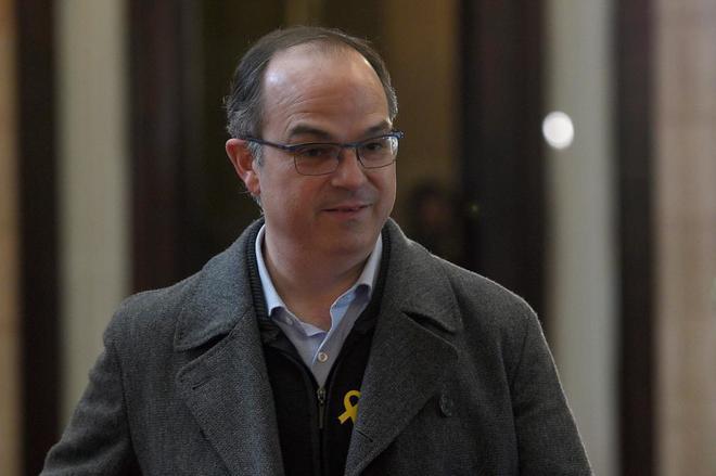 El diuptado de JxCat Jordi Turull, a su llegada hoy al Parlament de...