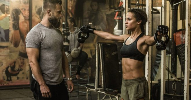 La actriz ganó cinco kilos de músculos con ejercicio y