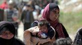 Cientos de civilies sirios salen de Ghuta oriental,