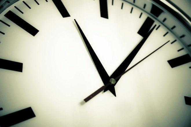 En la madrugada de este sábado al domingo los relojes se adelantan una hora para entrar en el horario de verano
