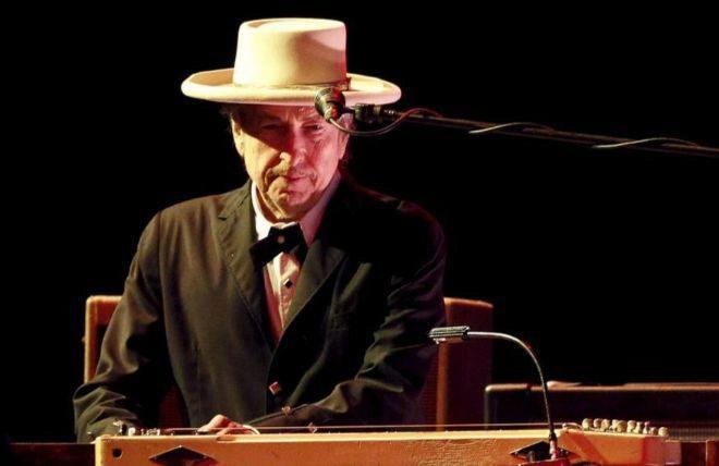 El músico Bob Dylan durante el concierto ofrecido en el Festival Internacional de Benicássim FIB, en Castellón.