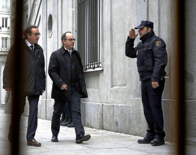 Los ex consejeros Jordi Turull y Josep Rull, a su llegada al Tribunal...